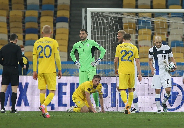 Vitaliy Mykolenko is the 15th in history and the youngest player removed from the national team of Ukraine